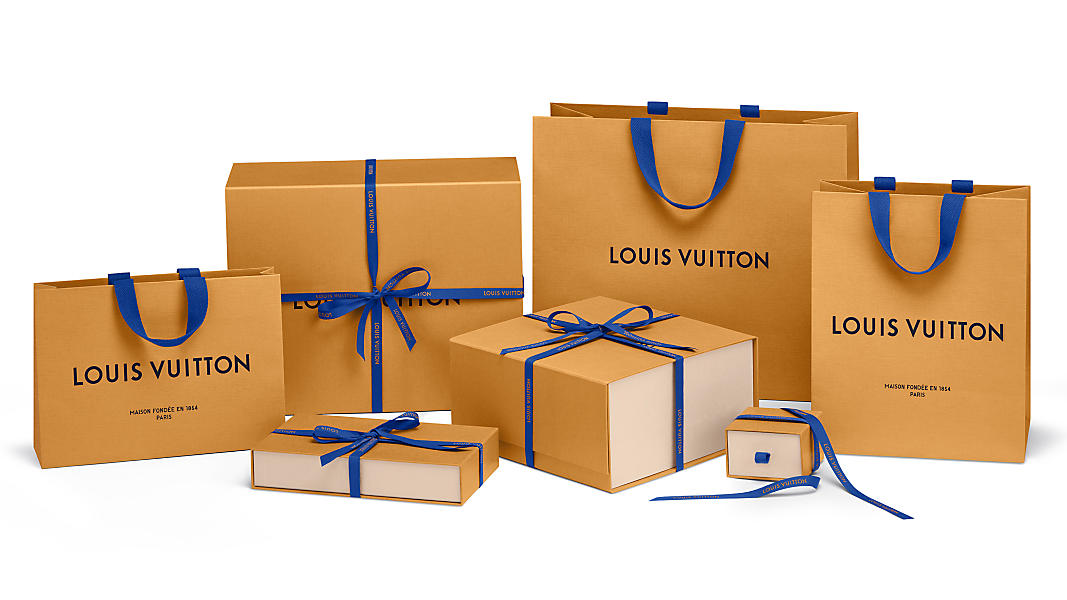 Louis Vuiton thay đổi màu sắc bao bì sản phẩm sau 13 năm