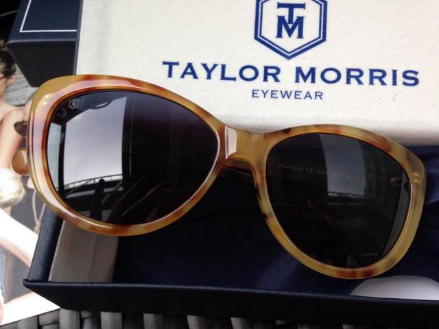 Thương hiệu mắt kính cao cấp Taylor Morris Luxury British đưa ra chương trình khuyến mãi đặc biệt, giảm giá 30% với tất cả đơn hàng được thực hiện trong 3 ngày kể từ thứ Sáu 25/11.
