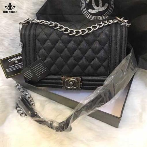 chanel boy da sần