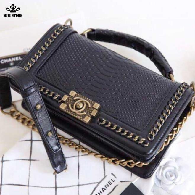Túi xách Chanel vân rắn, da rắn, dây pha xích