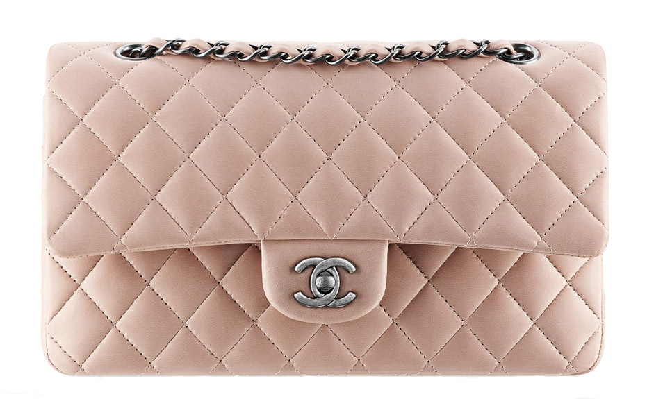 Túi xách Fake 1 : Chanel luôn dẫn đầu xu hướng mua sắm trong năm