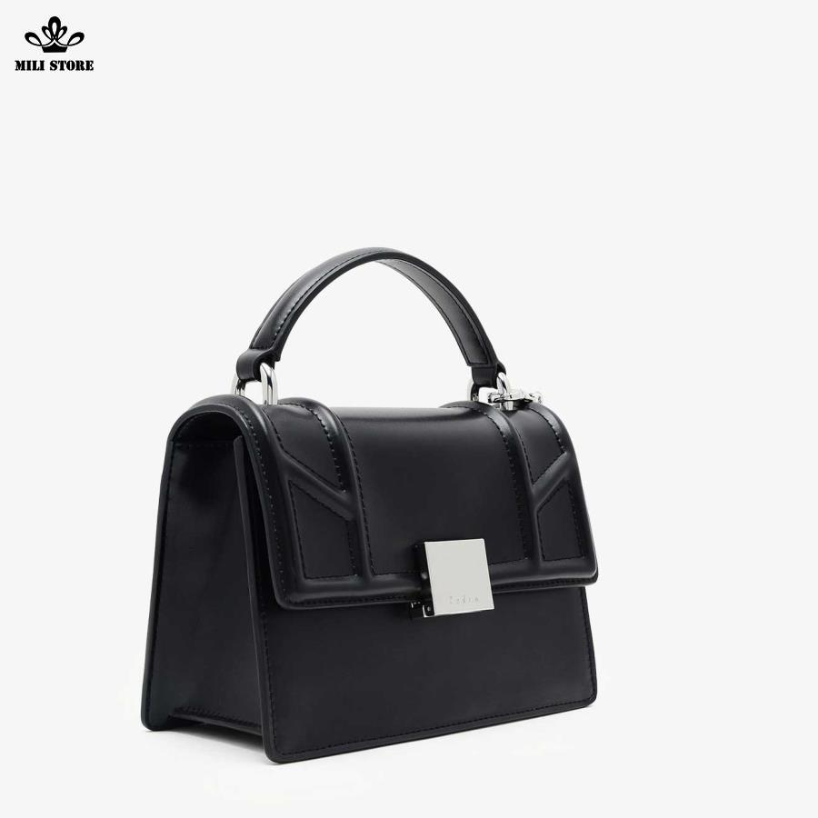 Túi xách Pedro màu đen có tag túi màu đỏ đen hộp vuông cứng