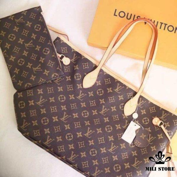 Bên trong túi xách tay Bên trong túi Louis Vuitton Neverfull MM Monogram lót đỏ đi làm túi xách đi làm đi chơi size lớn đựng đồ thỏa sức