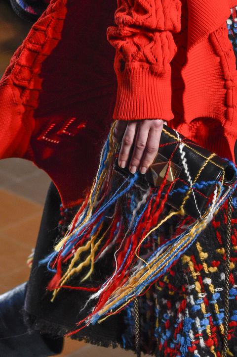 Túi cầm tay nhiều màu của Sonia Rykiel