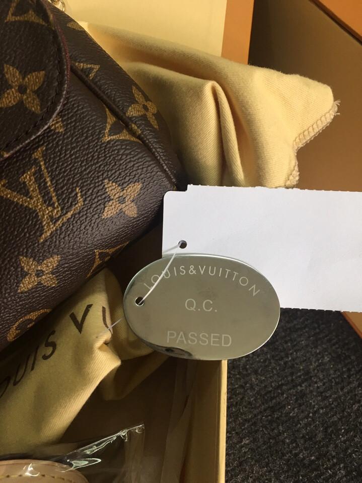Túi Louis Vuitton FAVORITE