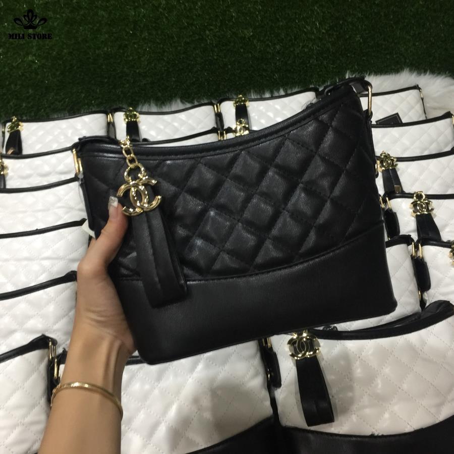 Túi Chanel Hobo Ngọc Trinh màu đen loại 1 giá thấp