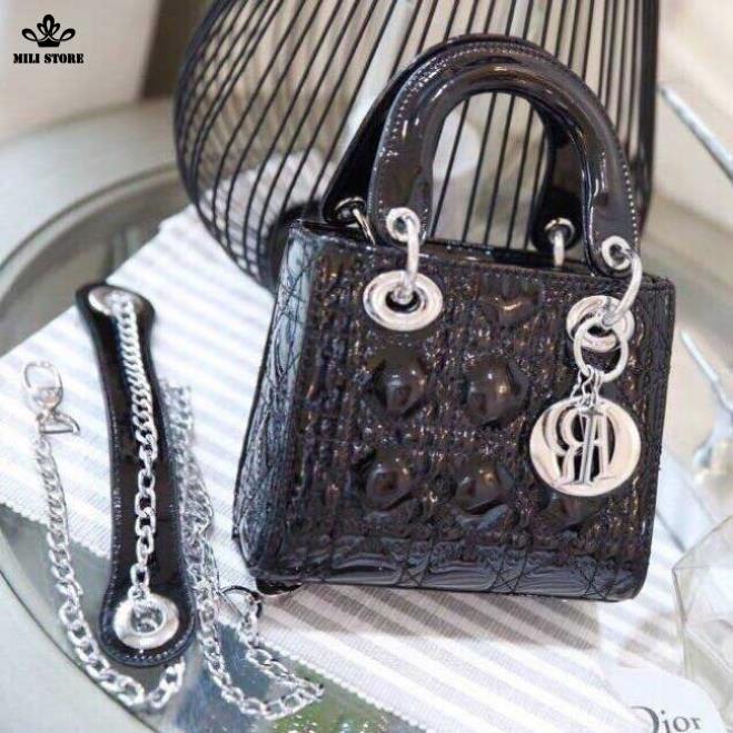 Túi Dior da bóng, da trơn Fullbox có hộp màu đen khóa bạc, dây da pha xích