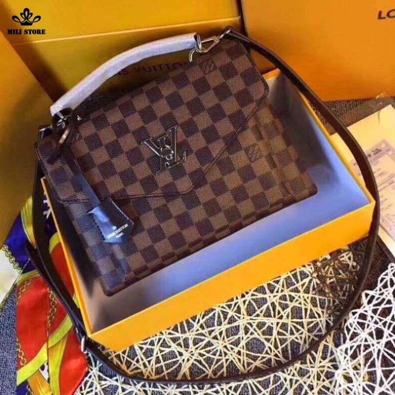 Túi xách tay Louis Vuitton LV khóa chữ LV đẹp đẳng cấp